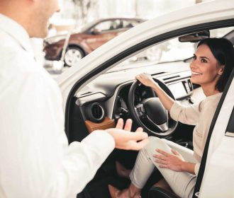 Auto Dealer's 8 Step Guide to an Engaged Customer